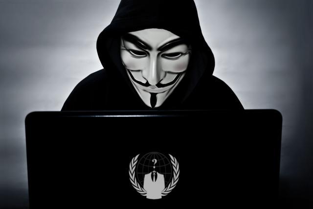 Anonymous ataca por todos lados a las autoridades colombianas