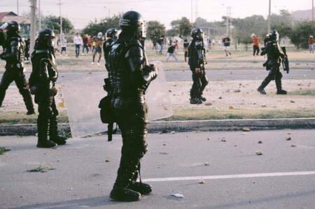 Los vándalos extienden el caos en Santa Marta. Estos fueron los hechos registrados